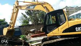 2 Excavators 320C for 7m. End of year sale