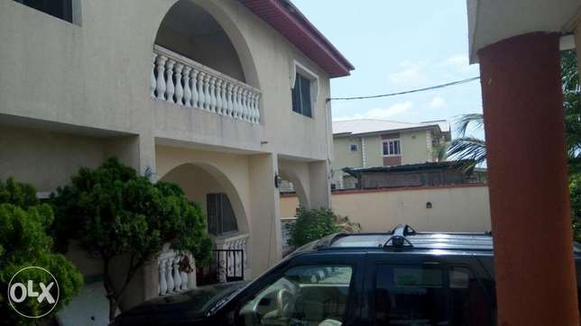 A lovely 5 bedroom duplex and 2 Nos 3 bedroom flat at Alpha Beach Lekki - image 7