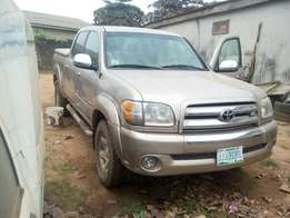 Toyota Tundra First Body V8