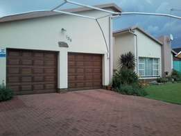 4 Bedroom House For Sale In SE6 Vanderbijlpark