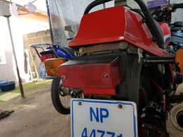 GPZ 550 Visor and Tail light wanted