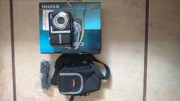 Fujifilm 14mp finepix camera