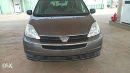 Newly imported super clean Toyota Sienna for sale