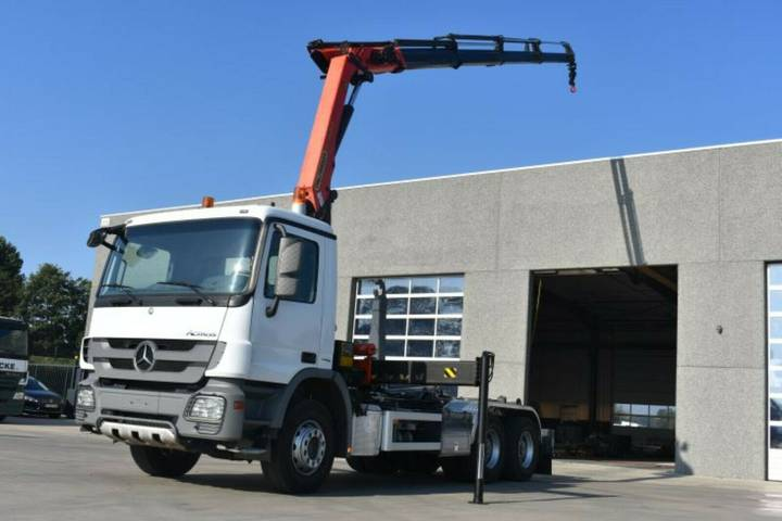 Mercedes-Benz Actros 2636 with palfinger crane & containersyst - 2011