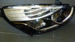 Renault Clio 5 headlamp for sale