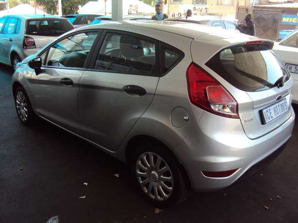 2016 Ford Fiesta 1.0 Ecoboost for sale R175000 Bruma - image 3