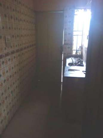 Lovely renovated 2 bedroom flat all tiles floor wardrobe at Baruwa Alimosho - image 8