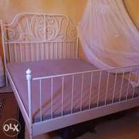 Bed from Dubai- classy metal