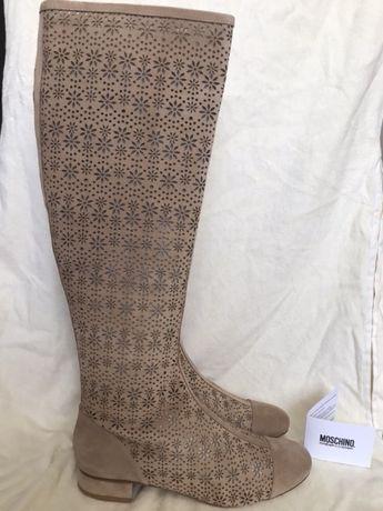 Літні чоботи Moschino  летние сапоги  5 000 грн. - Жіноче взуття ... f11258bda4c65
