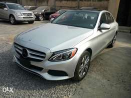 Toks 2014 Mercedes Benz C300 for sale. Tincan cleared