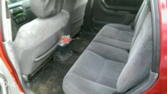 Clean Honda CRV with chilling AC Uvwie - image 6