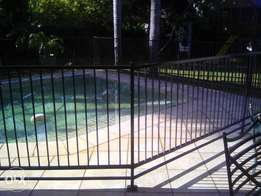 new pool Fence