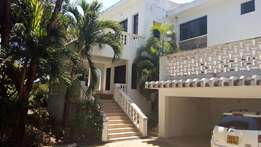 LUXURIOUS 4 Bedroom MAISONETTE with swimming pool to let in nyali