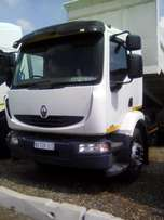 Renault 280 DXI 6 cube tipper truck going at an amazing price