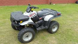 Polaris Magnum 330 all wheel drive on demand. Spotless condition.