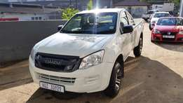 2015 ISUZU Fleetside. Ideal Workhorse. Low Mileage.
