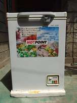 Hotpoin Chest Freezer, 100L, White (Negotiable)