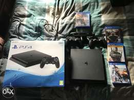 PS4 500Gb Console with 2 Remotes and games+ Ps camara