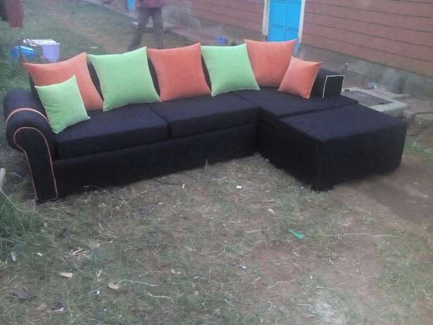 Black couch Eldoret East - image 4