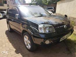 Nissan extrail very clean in mint condition
