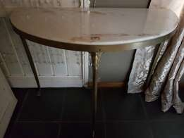 Antiques Marbel top & Copper base table
