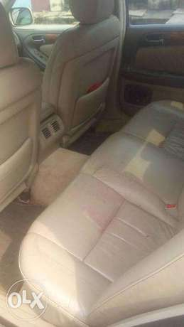 CLEAN Tokunbo GS300 00, automatic, leather interior for N1.950m Surulere - image 6