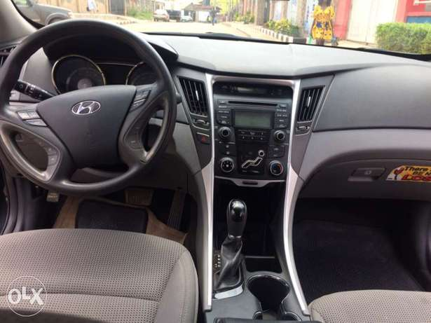 Best offer for super clean Hyundai Sonata for sale! Ikeja - image 2