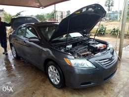 Toyota muscle Camry (Hybrid)