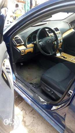 2008 foreign used Camry Sport edition with fabric seats available 2.8M Obalende - image 6