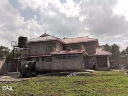 Beautiful four bedrooms Mansion for sale in Ololua Karen west road