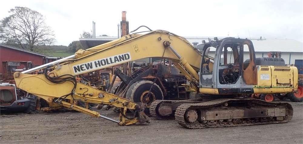 New Holland E265b - 2008