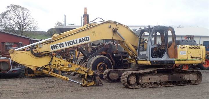 New Holland E265b - 2008