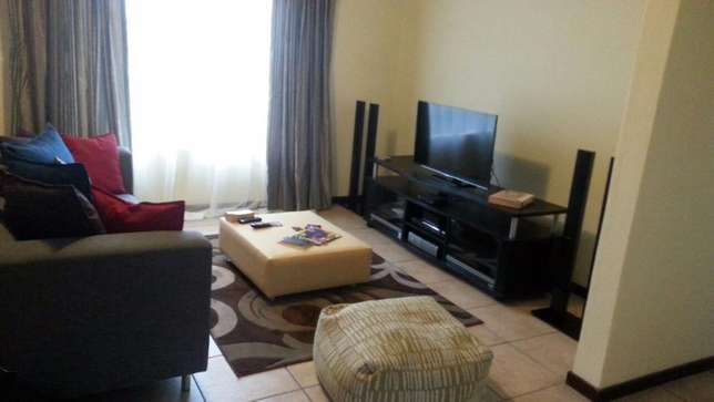 Room Available in a 2-bedroom Apartment in Northgate, JHB Northgate - image 2
