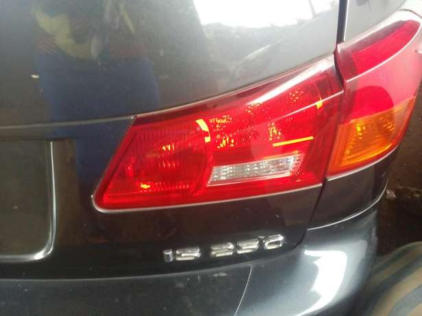 Tokunbo 2008 Lexus IS250 (Thumbstart+Navigation+Reverse Camera) Ikeja - image 6