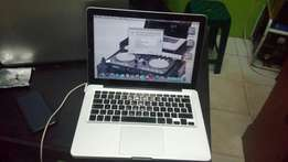 Macbook core i5