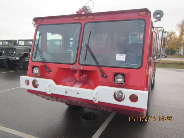 Amertek 2500L Fire Fighting airport crash tender - 1988