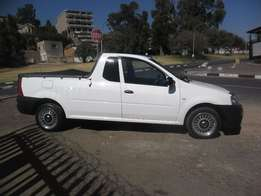 Nissan NP 2001.6i, 2014 model, White in color for sale