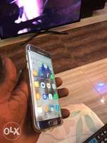 Samsung galaxy s7 edge clean in good condition