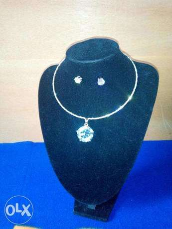 Crystal necklace with earring Lokogoma - image 2