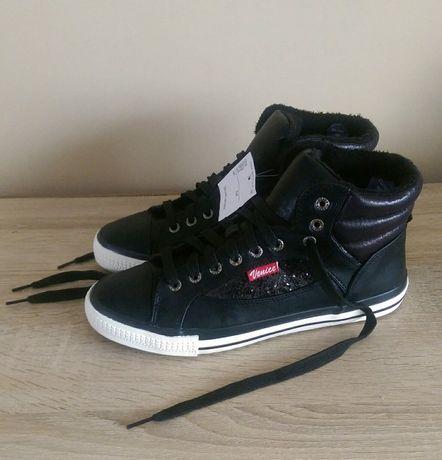 b26b356e19b00 Nowe ocieplane trampki Venice r. 40 z futerkiem czarne damskie buty  Chwaszczyno - image 1