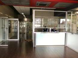bachelor flat available in bramfontein