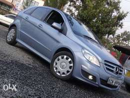 Mercedes Benz B180 metalic blue colour 2010 model excellent condition