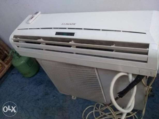 Split ac sale two ton like new condition