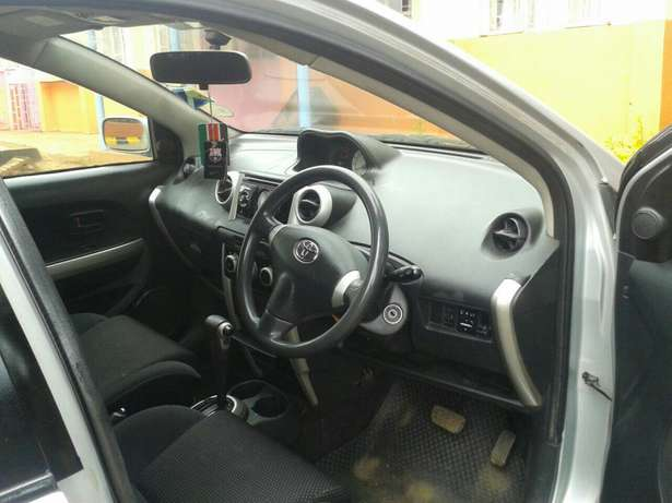 Toyota ist very clean at 480k Zimmerman - image 7