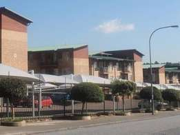 Bachelor apartment Laborie for 2 people sharing R2750 per person
