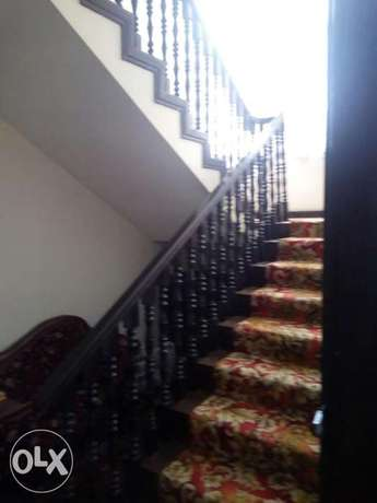 5bedrooms house for sell 35m. Parklands - image 1