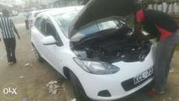 White, Extremely Clean 2010 Demio Mazda KCL for Sale