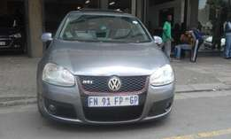 Vw golf5 2.0 grey in color 2007 model 8000km R97000 for sale