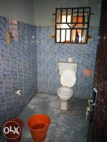 Room and parlour self contain to let at aule road Akure South - image 4