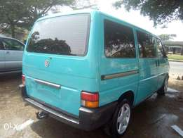 Bebeto Motors Africa don land wt tokumbo clean grade A t4 bus shapel